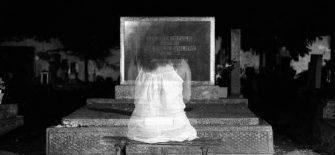 भूत, प्रेत, पिशाच तो दिख सकते हैं लेकिन देवी-देवता नहीं, ऐसा क्यों