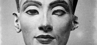 Nefertiti-Rahasyamaya