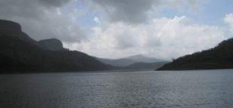 अभिशप्त झील
