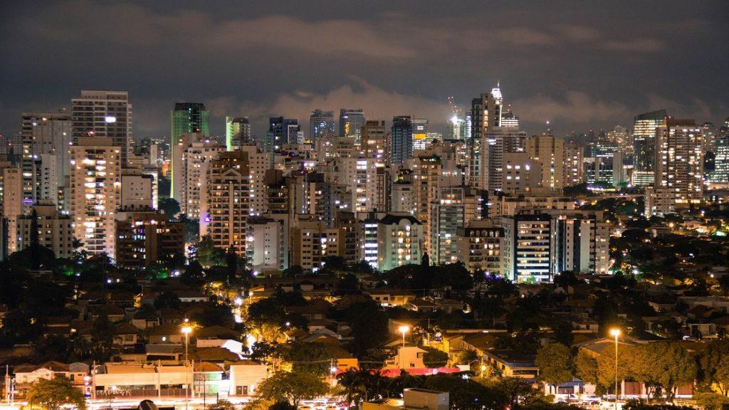 ब्राजील की इमिलिया जिसने लिंग परिवर्तन के साथ पुनर्जन्म लिया