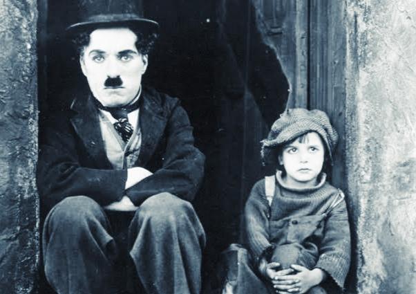 चार्ली चैप्लिन, एक अद्भुत कलाकार जिसे भूख ने सिखाया अभिनय करना