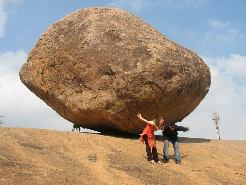बैलेंसिंग rock